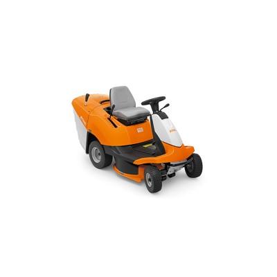 stihl rt 4082 - könnyen manőverezhető fűnyíró traktor fákkal rendelkező kertekbe